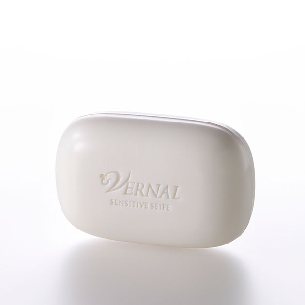 經典入門保養組 W洗顏皂(30G)+2分鐘煥膚膜*10包+噴霧化妝水(4G)+保濕修護精華霜(4G)+起泡網 2